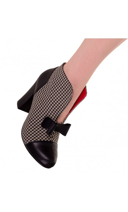 Dolores DogTooth